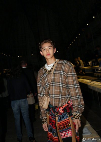黄旭熙, London Fashion Week, London Fashion Week, ลูคัส, Burberry, 威神V ลูคัส WayV