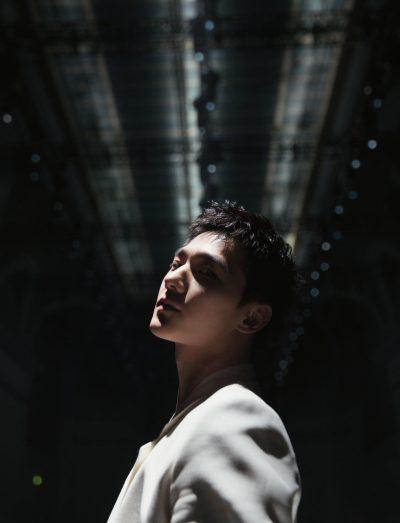 หยางหยางบุกปารีสแฟชั่นวีค - หยางหยาง - 杨洋 - Yang Yang - ปารีสแฟชั่นวีค - ปารีสแฟชั่นวีค 2020 - 2020 Paris Fashion Week Men's Show - 2020 Paris Fashion Week - หนังจีน - หนังแอ็คชั่น - ตรุษจีน - เฉินหลง - Cheng Long - 急先锋 - Vanguard - ดาราจีน - ดาราชายจีน - พระเอกจีน - พระเอกหนังจีน - พระเอกซีรี่ย์จีน - บันเทิงจีน - ซุปตาร์จีน - คนดังจีน - นักแสดงจีน - นักแสดงชายจีน