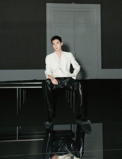 หยางหยางบุกปารีสแฟชั่นวีค - หยางหยาง - 杨洋 - Yang Yang - ปารีสแฟชั่นวีค - ปารีสแฟชั่นวีค 2020 - 2020 Paris Fashion Week Men's Show - 2020 Paris Fashion Week - หนังจีน - หนังแอ็คชั่น - ตรุษจีน - เฉินหลง - Cheng Long - 急先锋 - Vanguard - ดาราจีน - ดาราชายจีน - พระเอกจีน - พระเอกหนังจีน - พระเอกซีรี่ย์จีน - บันเทิงจีน - ซุปตาร์จีน - คนดังจีน - นักแสดงจีน - นักแสดงชายจีน - หน่วยพิทักษ์ฟัดข้ามโลก