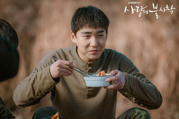 사랑의 불시착, ปักหมุดรักฉุกเฉิน, นักแสดง Crash Landing on You, Crash Landing on You, นักแสดงเกาหลี, 탕준상, Tang Jun Sang, 황우슬혜, Hwang Woo Seul Hye, ฮวังอูซึลฮเย, 고규필, โกคยูพิล, 홍우진, ฮงอูจิน, 김선영, คิมซอนยอง, 김정난, คิมจองนัน, 이신영, อีชินยอง, 유수빈, ยูซูบิน, 김영민, คิมยองมิน, Kim Young Min, Lee Shin Young, Yoo Soo Bin, อีซินยอง, ลูกสมุนสหายผู้กอง, ซีรีส์เกาหลี, นักแสดงเกาหลี, ดาราเกาหลี, 차청화, ชาชองฮวา, โอมันซอก, 오만석, Oh Man-seok, 현빈, Hyunbin, 서지혜, Seo Ji-hye, ฮยอนบิน, ซอจีฮเย