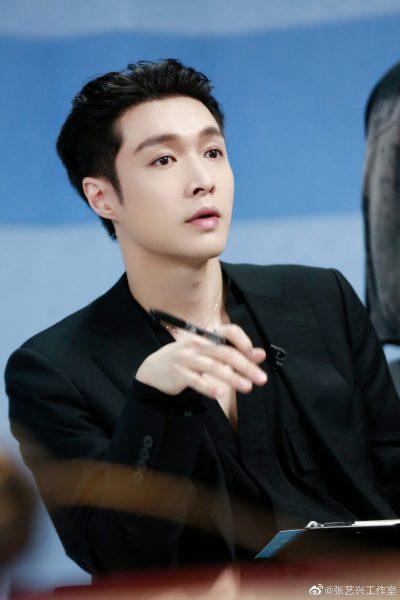 เลย์ EXO -เลย์ จาง - จางอี้ซิง - จางอี้ชิง - 张艺兴 - Zhang Yixing - Lay EXO - Lay Zhang