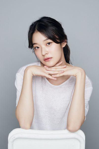 이재욱, Hyun Bin, นักแสดงของฮยอนบิน, ฮยอนบิน, นักแสดงเกาหลี, ดาราเกาหลี, Lee Jae Wook, 현빈, 김윤지, Kim Yun Jee, 스테파니 리, Stephanie Lee, Shin Do Hyun, 김지인, 박이현, Kim Ji In, 박이현, Park E Hyun, นางเอกเกาหลี, พระเอกเกาหลี