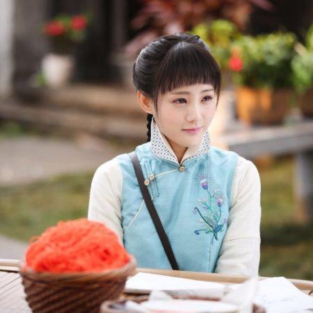 หลี่อี้ถง - Li Yitong - 李一桐- 海棠经雨胭脂透 - Blossom in Heart