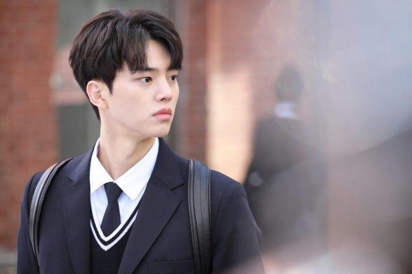 นักแสดง Love Alarm, Love Alarm, ซงคัง, นักแสดงเกาหลี, Love Alarm ซีซั่น 2, ออริจินัลซีรีส์ของ Netflix, Navillera, Like a Butterfly, ออริจินัลซีรี่ส์เกาหลีของ Netflix, Netflix, Love Alarm 2, Love Alarm season 2, Song Kang, 송강, Love Alarm 2.0, แอปเลิฟเตือนรัก 2, ออริจินัลซีรี่ย์เกาหลีของ Netflix, ซีรี่ย์เกาหลีของซงคัง, ซีรี่ย์เกาหลี, ซีรี่ส์เกาหลีของซงคัง, ซีรี่ส์เกาหลี, ซีรีส์เกาหลีของซงคัง, ซีรีส์เกาหลี, 좋아하면 울리는, 좋아하면 울리는 시즌2, 좋아하면 울리는 시즌1, 나빌레라