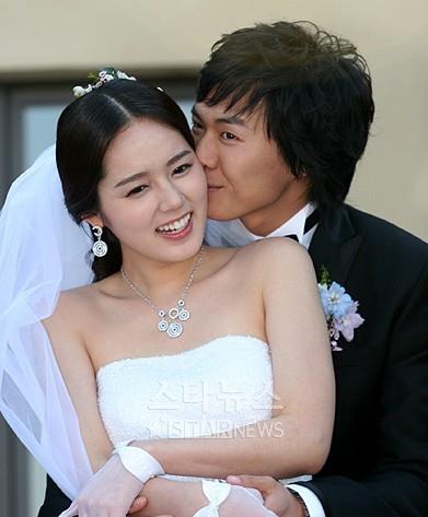 Yellow Handkerchief, ฮันกาอิน, ยอนจองฮุน, คู่รักดาราเกาหลี, นักแสดงเกาหลี, Yeon Jung Hoon, Han Ga In, 연정훈, 한가인, 2 Days 1 Night
