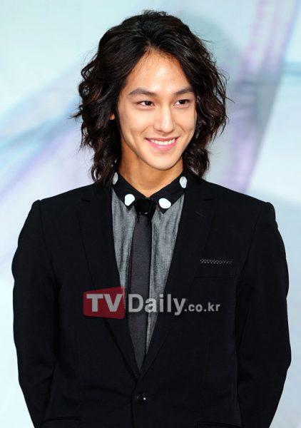 นักแสดงเกาหลี, Kim Bum, 김상범, 김범, Kim Sangbum, คิมซังบอม, Kim Beom, Law School, The Daring Sisters, พระเอกเกาหลี