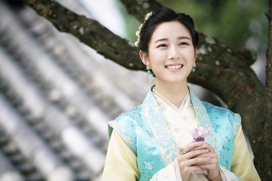 이유비, Lee Yoo Bi, น้องสาวอียูบี, อีซึงกิ, แฟนอีซึงกิ, Lee Seung Gi, 이승기, 이다인, Lee Da In, นักแสดงเกาหลี, นักร้องเกาหลี, ดาราเกาหลี, อีดาบิน, อียูบี, 견미리, Kyeon Mi Ri, ควอนมีรี, พี่สาวอีดาอิน, แม่อีดาอิน