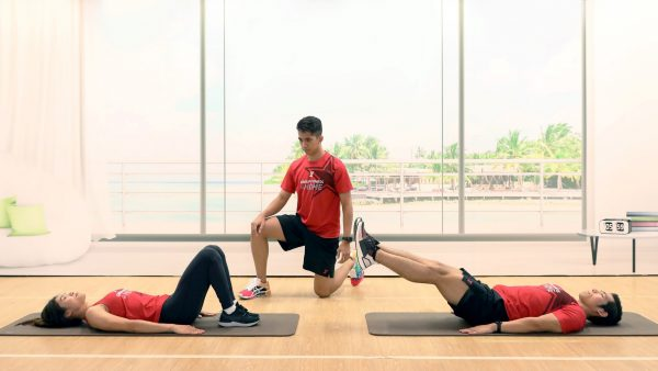 Leg Lift/Hip Raise - 5 ท่ากระชับหน้าท้อง - Fitness First - CORE ABS